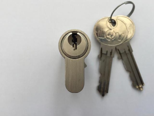S-Series Cylinder Locks 4 Vans L4V van lock kent